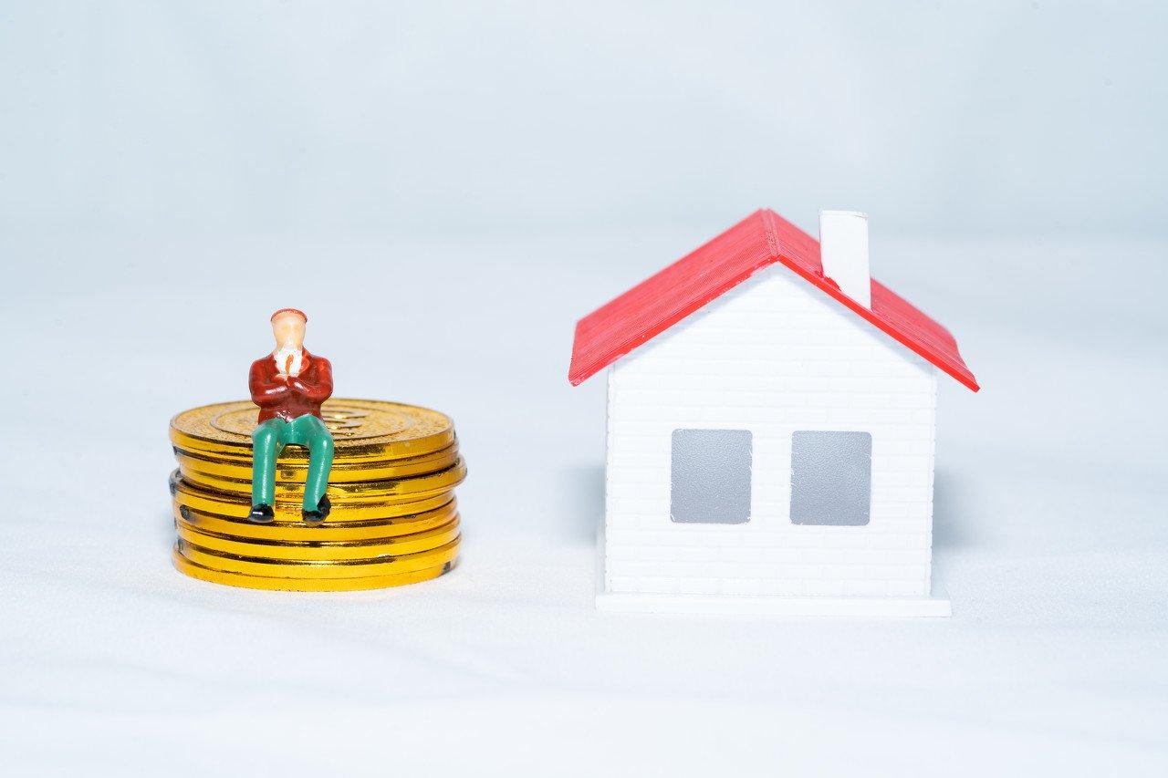 李湛:地产销售淡季不淡,降杠杆背景下未来投资偏谨慎