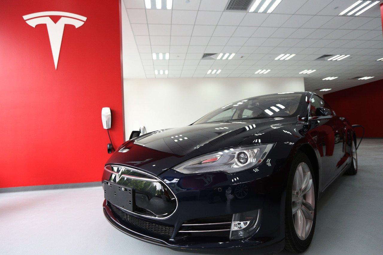 刚刚,特斯拉Model 3起售价降至24.9万,销量又要涨?