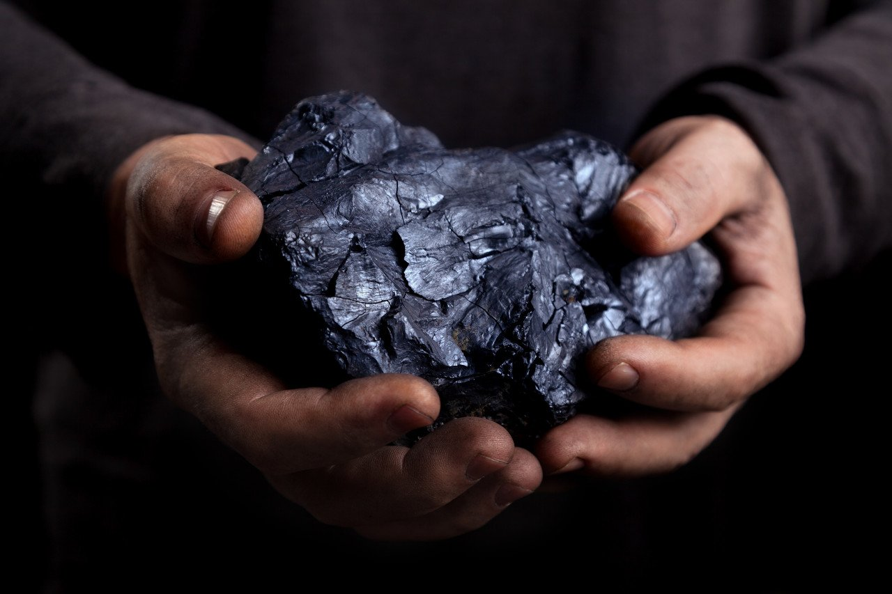 """进口铁矿石价格为何""""一飞冲天""""?"""