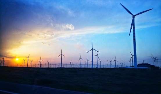 刘煜辉:清洁能源是争取全球治权的核心,要摈弃资本至上的多巴胺文化