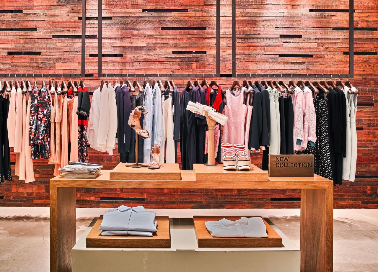 消费行业今天大涨,但服装股,请再等半年