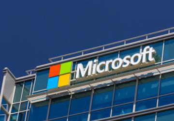 微软10亿美元砸入OpenAI:明为AGI,暗争谷歌,被指云计算换投资
