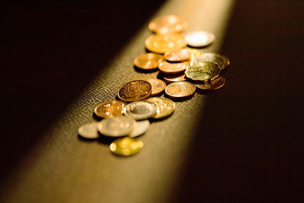 谁给了比特币涨回一万美元的勇气