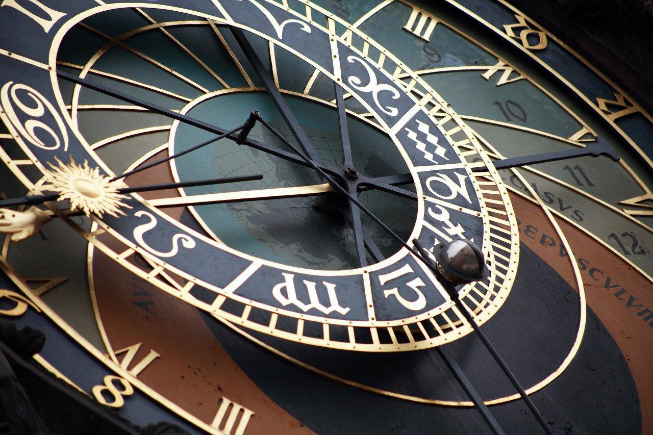 十大券商一周策略:年末博弈加剧 坚守顺周期主线跨年