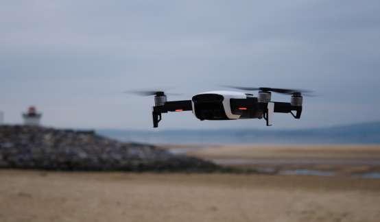 等待5G的工业无人机