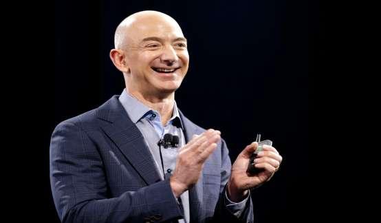 刷新福布斯纪录!贝索斯成为全球首位身家超2000亿美元富豪
