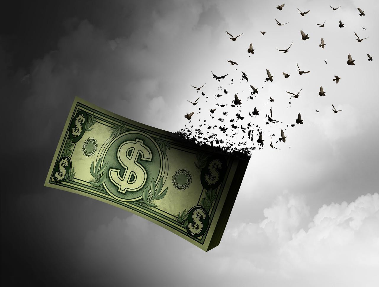 """负债超300亿,濒临退市!曾""""大跃进""""式买买买的行业龙头,如今巨额融资流向成谜"""