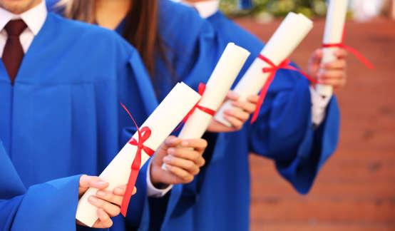 """""""00后高考""""全国调研:超新生代的人生选择与大学规划"""