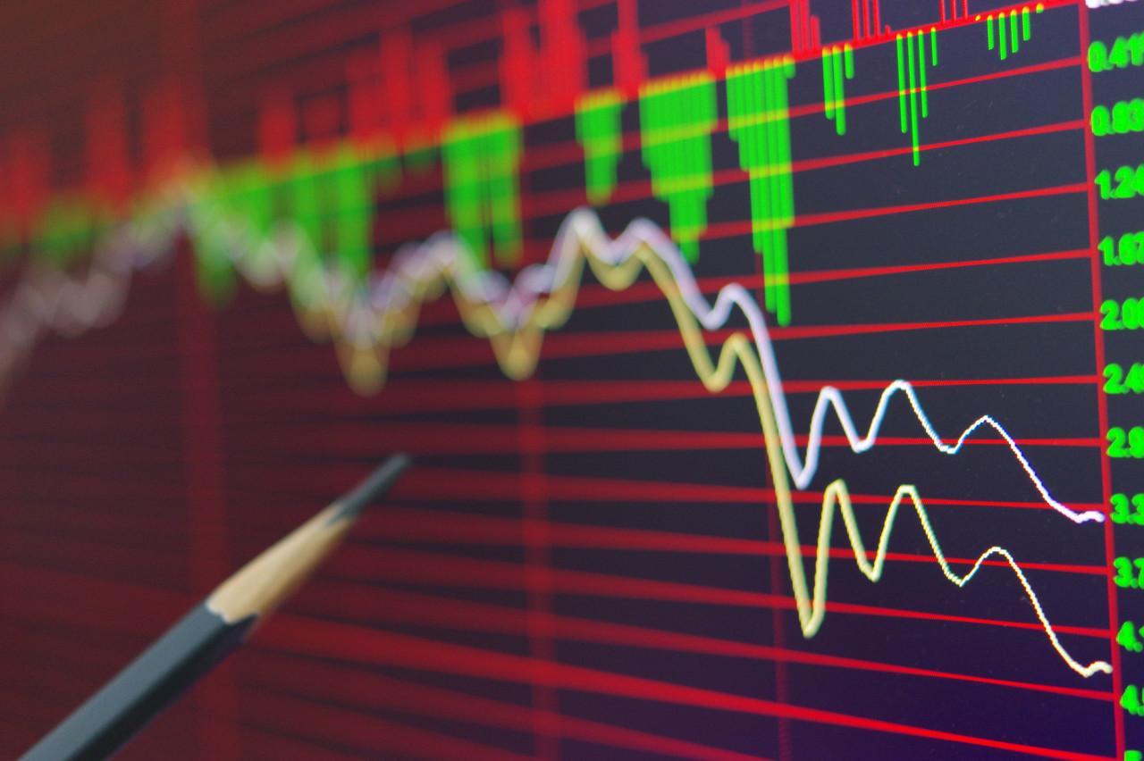 港股复盘:香港5日起实施《禁止蒙面法》,恒指跳水收跌1.11%