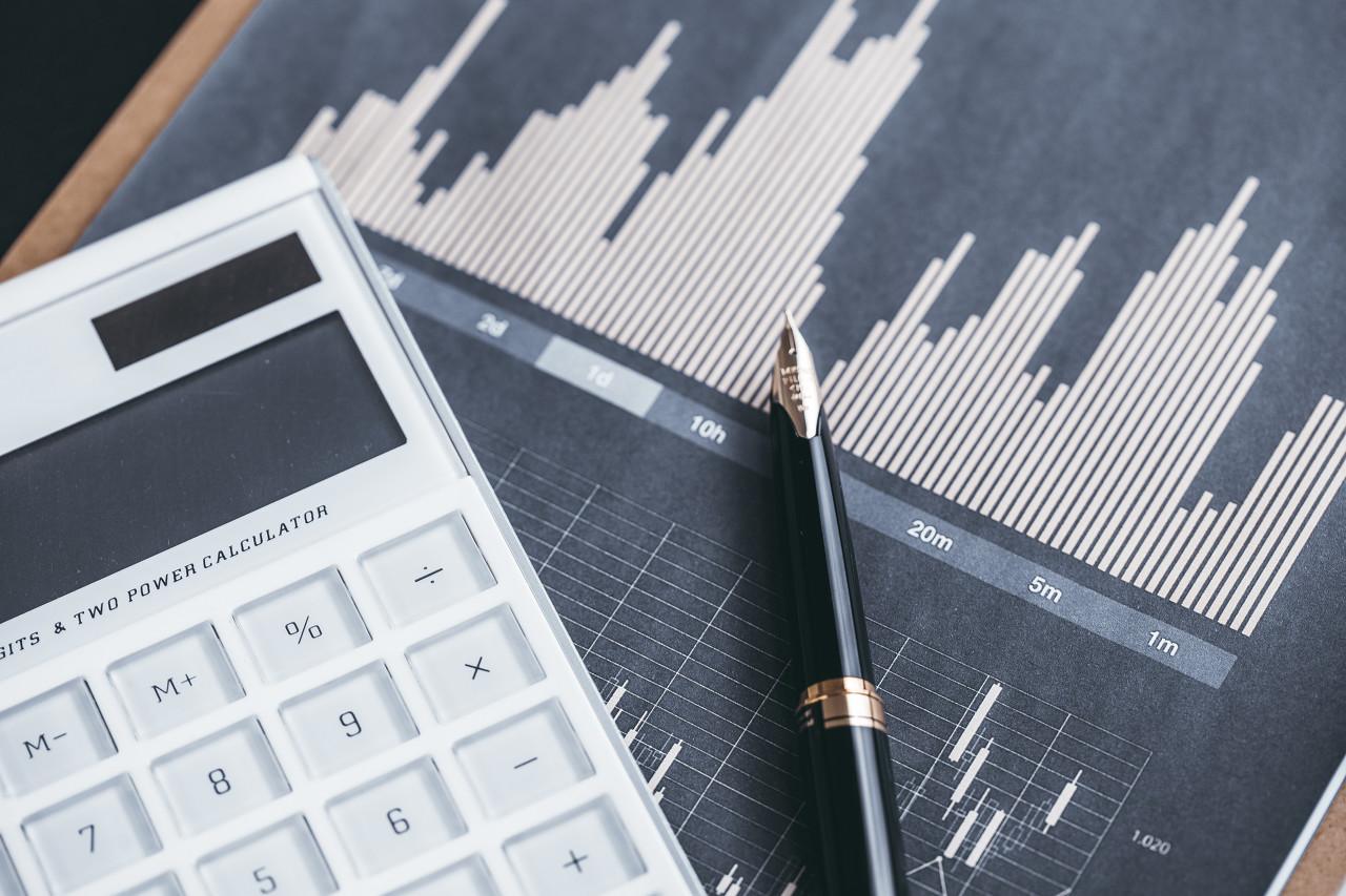 国信证券(002736.SZ):ROE领先、谋求均衡发展的综合性前十大券商
