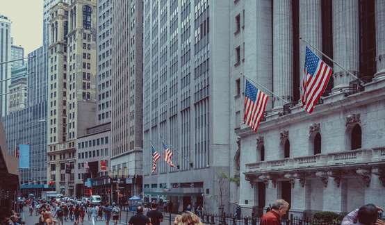 国金证券:美债收益率曲线趋平反映什么?