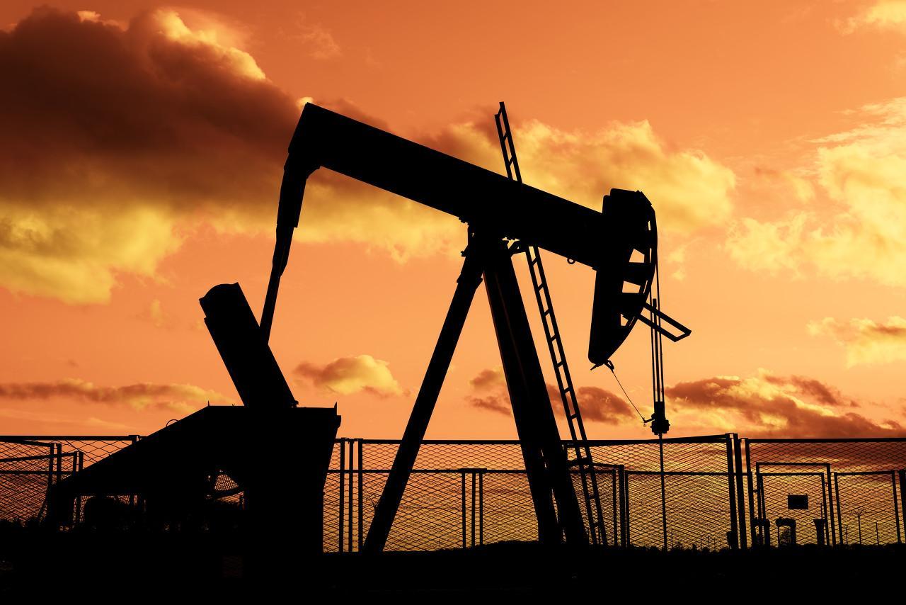 突发!伊朗油轮爆炸,被2枚导弹击中!油价飙升,更有A股涨停!