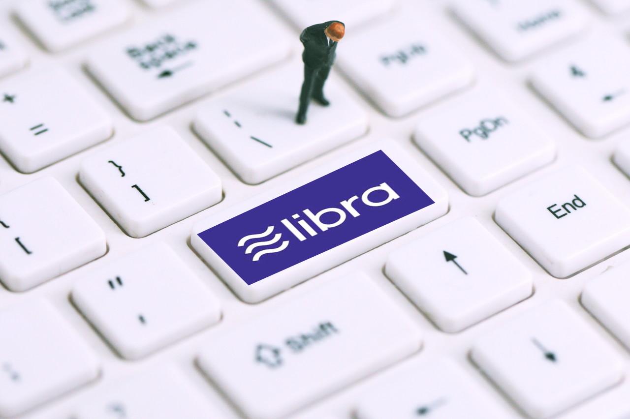 周小川:Libra背后的趋势 全球化货币和强币侵蚀弱币