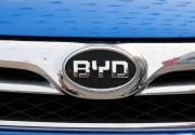 """比亚迪遭遇""""双击"""":股价回落之际,1-3月汽车销量也降了48%"""