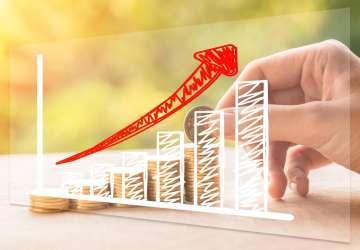 快递行业10月数据点评:顺丰业务量增速48.5%成为领跑者;行业业务量增速22.7%,单票收入同比提升