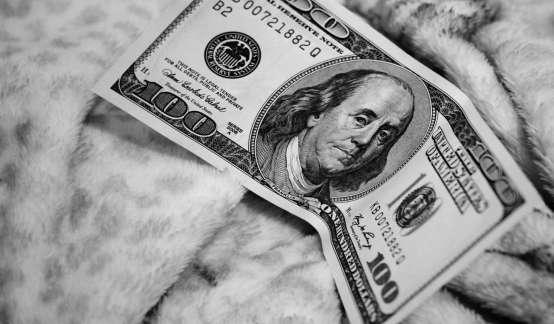 美联储   美联储放宽银行杠杆和会计规则,鼓励银行继续提供信贷
