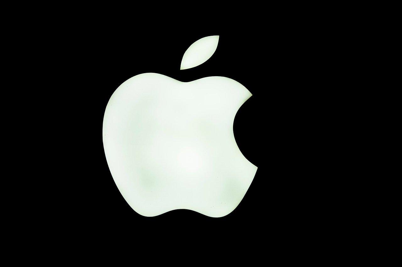 特朗普对微信下黑手,美媒开始担心苹果了!