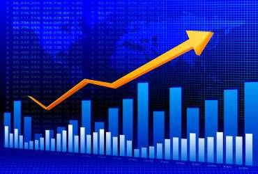 """A股突然雄起!牛市""""发动机""""领涨,上证指数暴涨1.78%,""""小康牛""""真要来了?"""