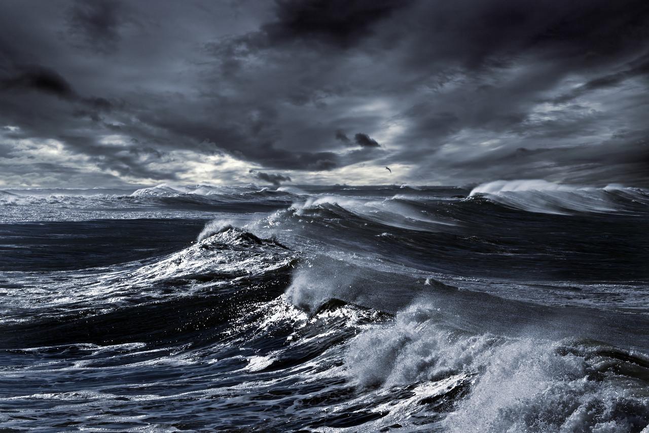 孙明春:全球危机已经到来,需防范次生灾害和其他黑天鹅