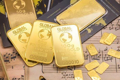 逼近1800美元关口!黄金创出八年来新高!疫情继续助涨避险情绪
