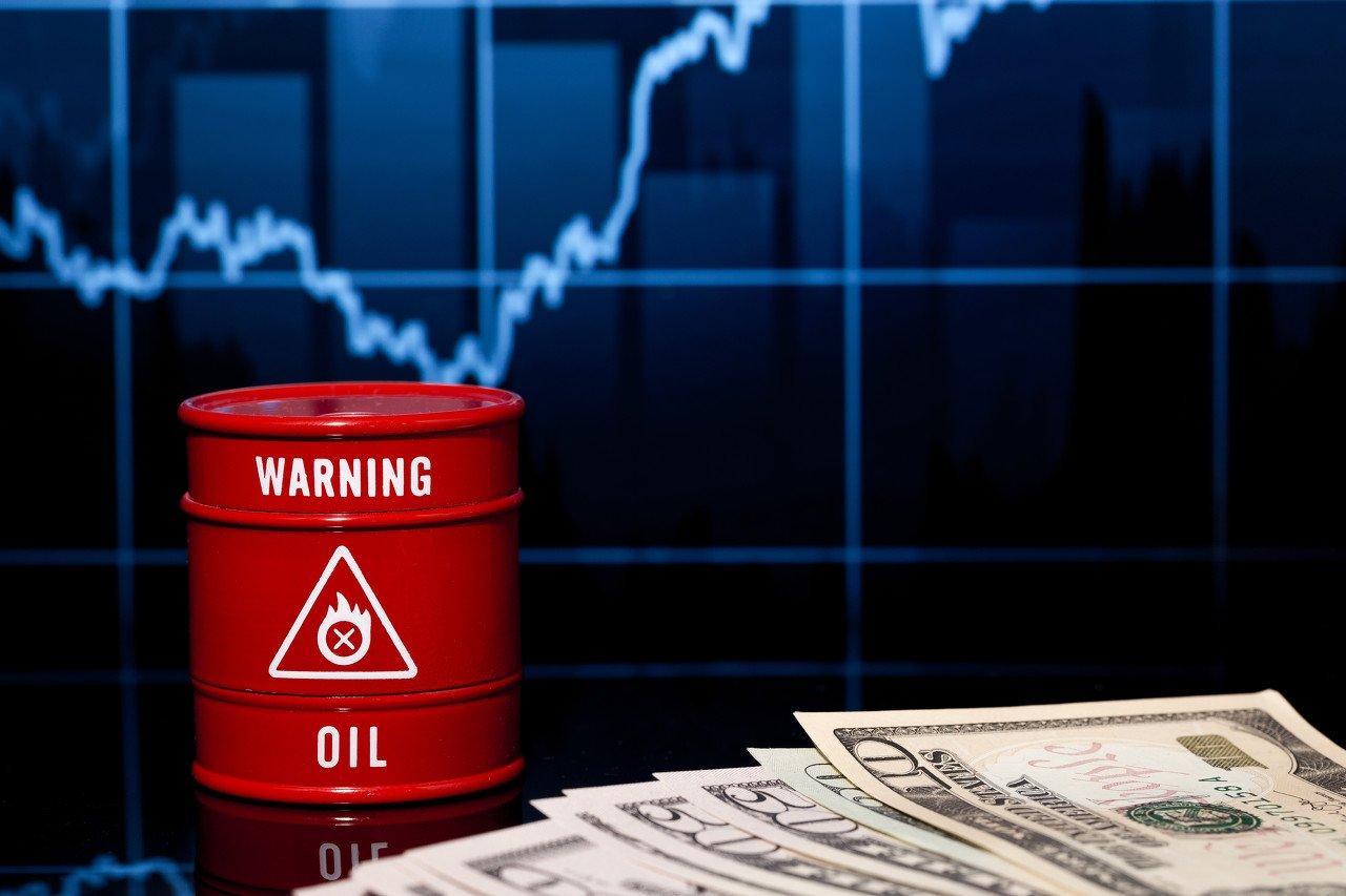 大摩:这一处于极值的指标预示,油价还能飙涨