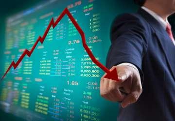 3000亿白马股跌停,机构上演大逃亡,中国人保(601319.SH)还要跌多久?