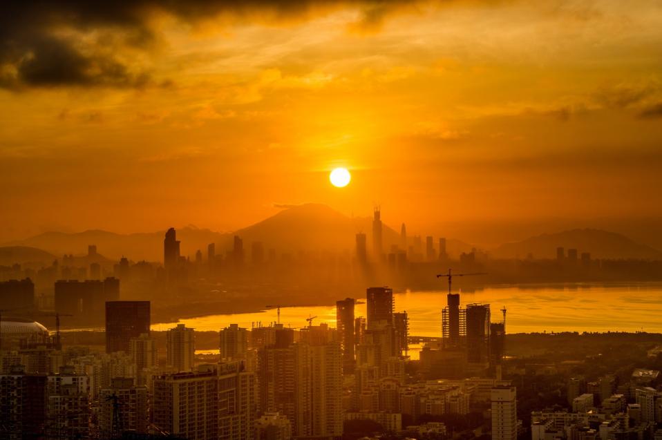 """深圳调整""""豪宅税"""",有业主闻风涨价!还有哪些城市会跟进?"""