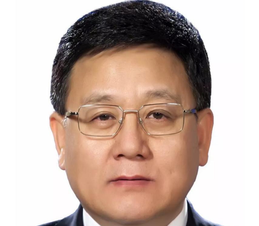 国家卫建委副主任王贺胜任湖北省委委员、常委