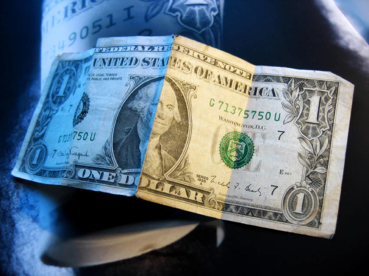 【中银固收】美联储危机交易的背后:中国一定跟吗