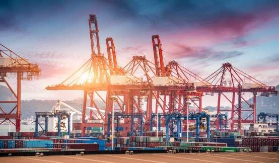 港口航运股普跌,东方海外国际(0316.HK)跌逾3%