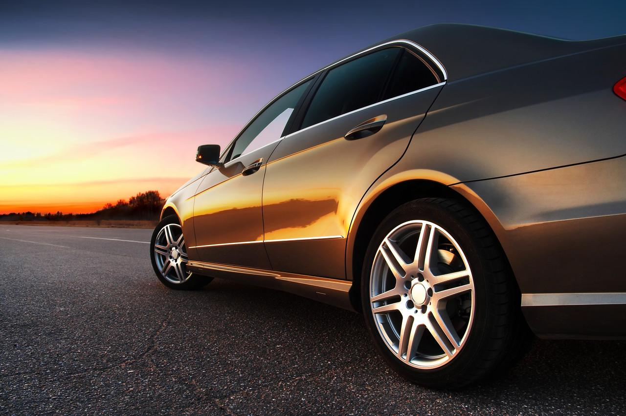 9月汽车消费降2%,新能源车产9万降24%