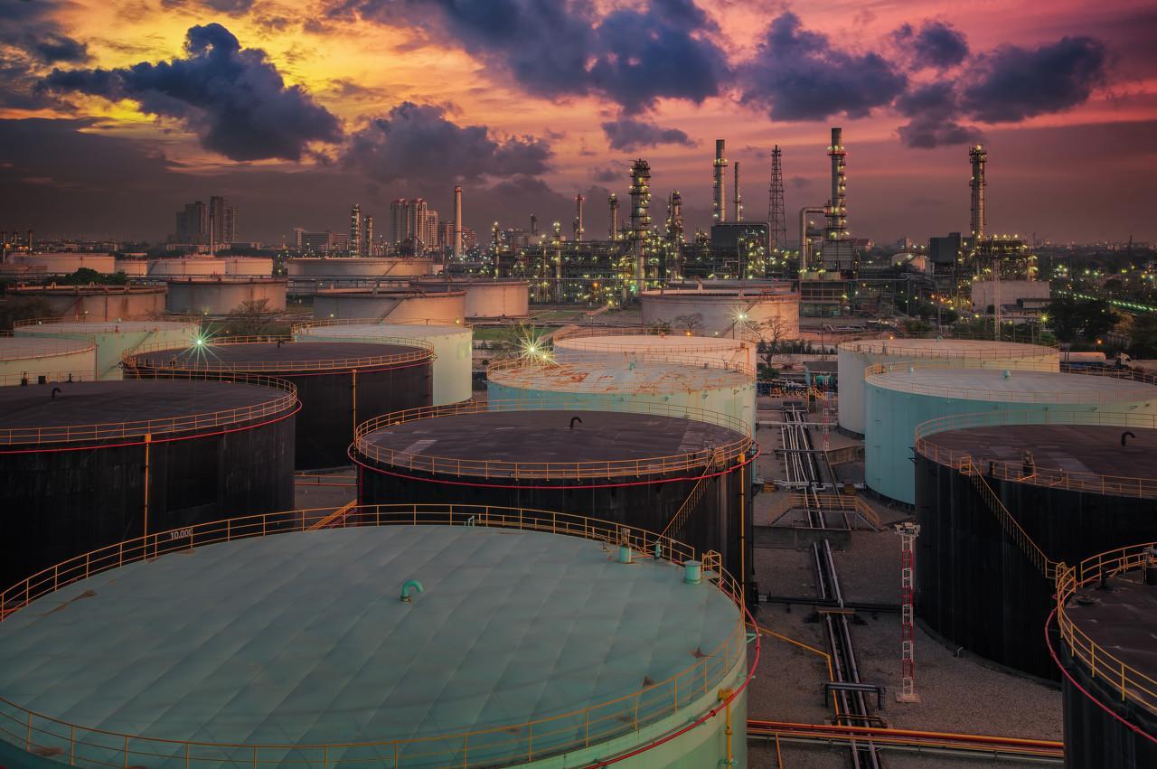 早报 | 沙特石油核心遇袭,布油创近30年最大涨幅;国内绿iPhone11抢断货;蒙牛拟收购澳洲奶粉品牌贝拉米