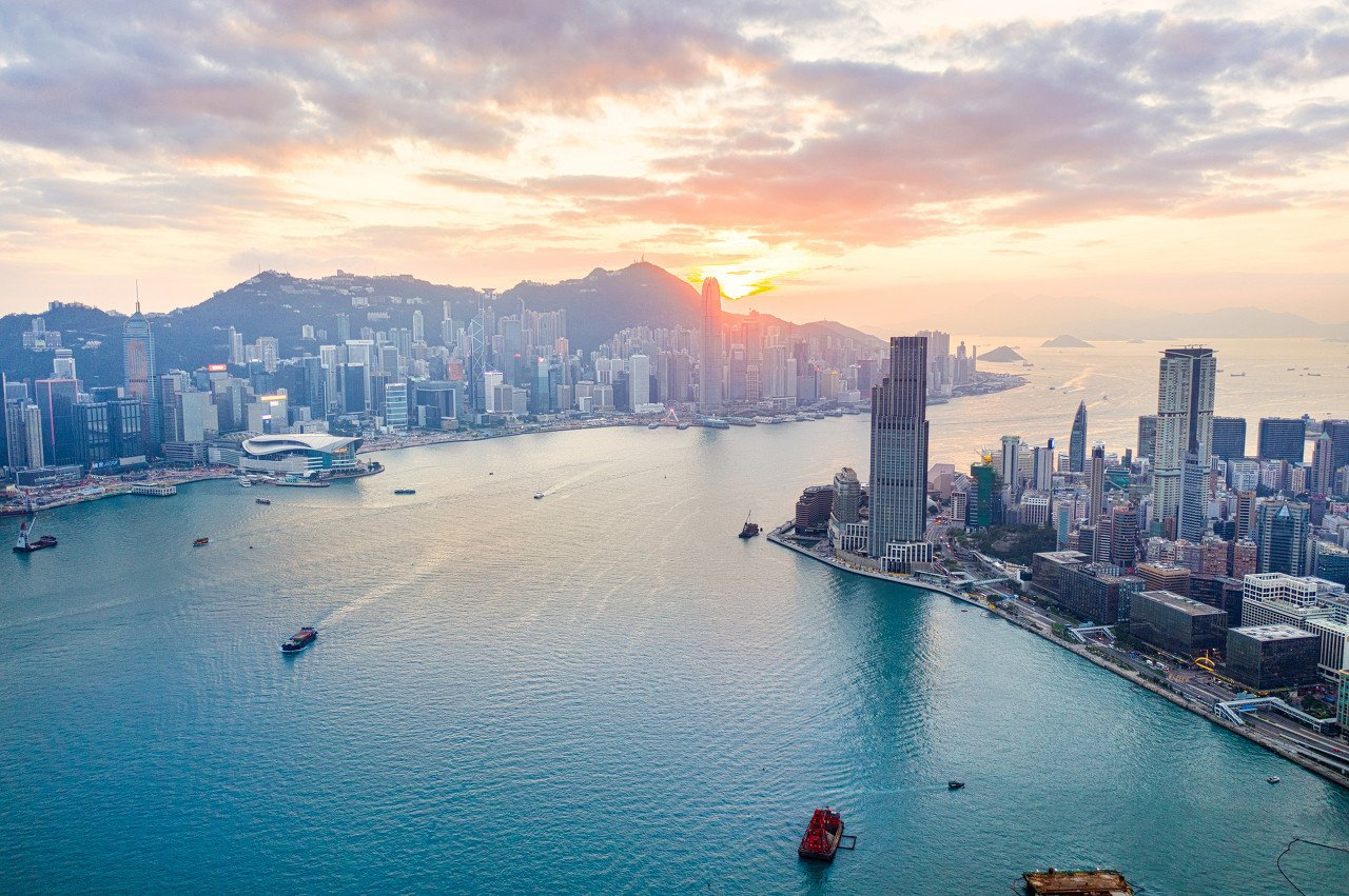 张忆东:港股牛市要从容参与,秉承基本面的理念,聚焦新经济朱格拉周期是战略,价值重估、博弈复苏是战术