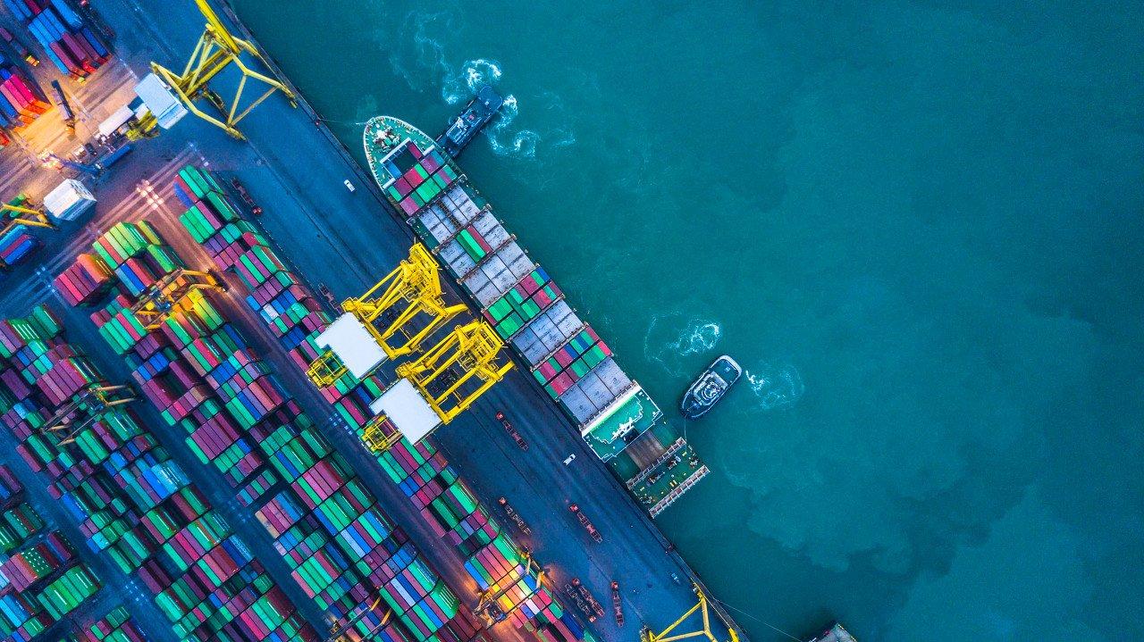 """2021年,中国外贸将续写""""速度与激情""""?"""