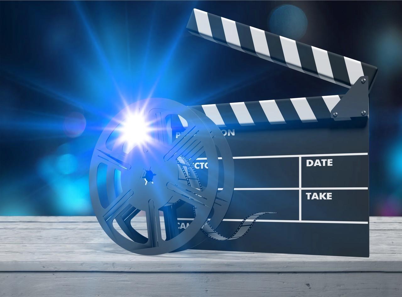 当影院开始送外卖,有人准备了10亿元开始抄底