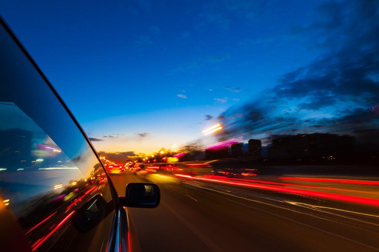 锂电池,新能源汽车巨头们的绊脚石:国家出手,谁在为消费者的安全买单?
