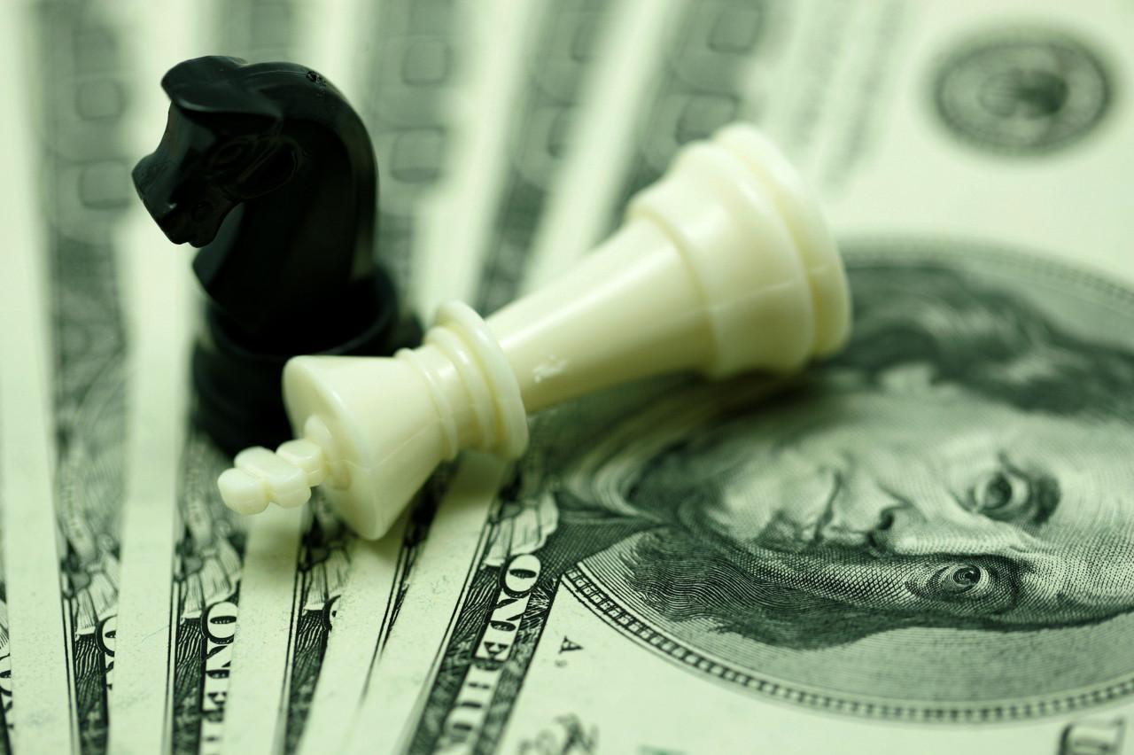 格林斯潘:美国经济出了什么问题?