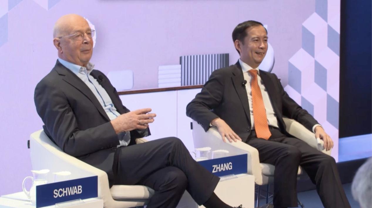 阿里巴巴张勇将在达沃斯谈普惠平台经济,任董事局主席后首次亮相国际舞台