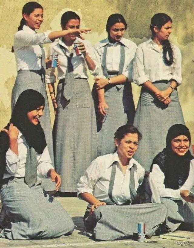 中东百年往事:欺骗、斩首、革命