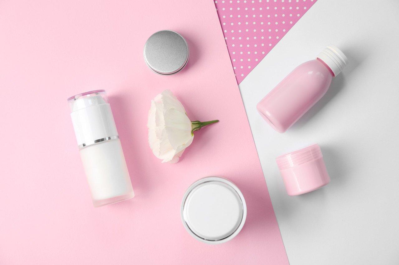 【国君化妆品】功能性护肤:产品为核,渠道争雄