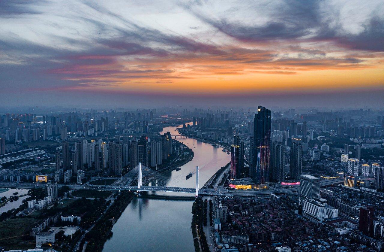 中国各省市GDP官宣!广东11万亿,上海3.9万亿,深圳2.8万亿