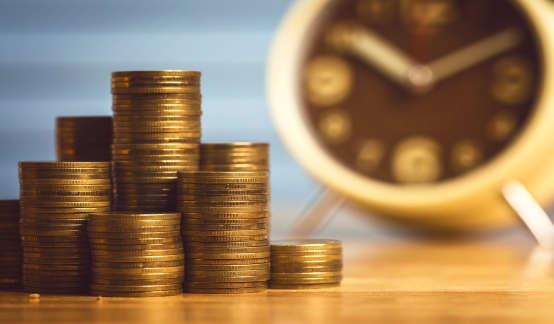 """信贷为何""""贷""""不动经济了?"""