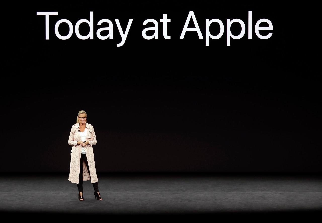 这次库克上台,苹果股价竟然涨了?