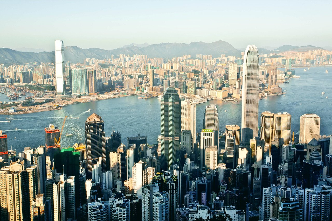 香港格局:民族窗口,中美支点