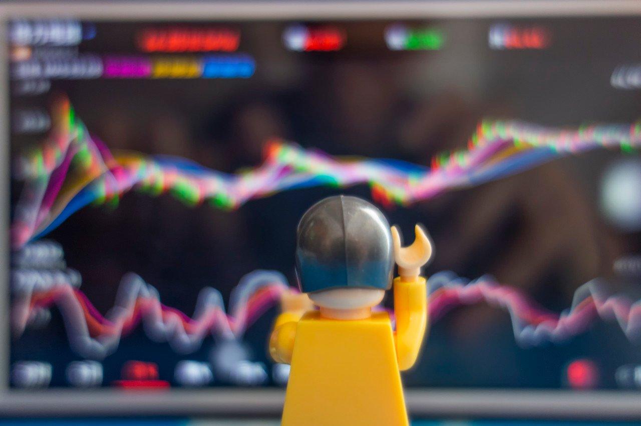 刚扭亏为盈的老虎证券遇中概股回归潮,新业务转型受阻?