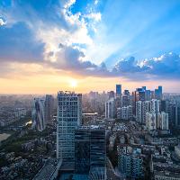 世茂集团(00813.HK):市值屡创新高,核心利润指标强势增长,多元布局穿越行业周期