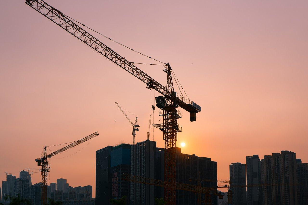 建筑央企上半年签单破5万亿 交通新基建下半年再迎高潮