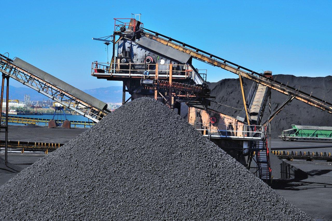 冷冬叠加供给变局,1倍PB的煤炭能否迎来估值修复