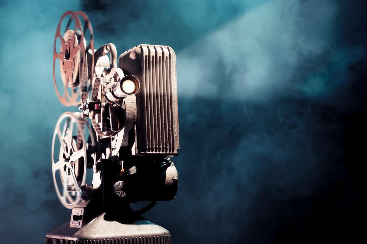 2021年,我们为什么要重视影视传媒股?