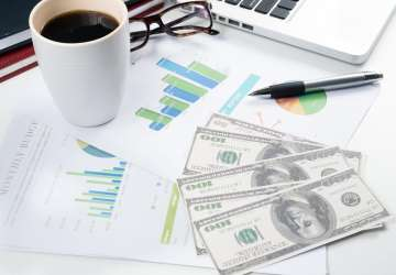 MLF操作利率下行,银行间流动性宽松